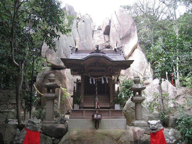 「日本」のルーツを考える。カタカムナウタヒが語る世界! 第12首 ~ 第13首。